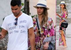 Jessica Alba's Relaxing St Barts Vacay -                                     Getting in some quality girl time,  Jessica Alba hit up the beach with some friends on Wednesday (April 3) in St. Barts.  Donning a long floral caftan and a straw hat, the �