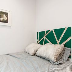 A wander through the emerald forest. Be inspired by the thoughtfully designed MUSE headboard. Strips of natural wood are revealed between the coloured sections of Emerald Green.