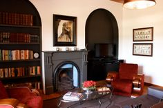 Manor House TV lounge with fireplace Merle, Lounge, Catering, Environment, Group, Tv, Home Decor, Airport Lounge, Decoration Home