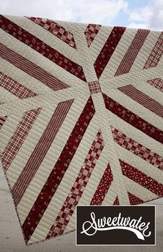 The Stadium Quilt Pattern Jellyroll Quilts, Scrappy Quilts, Easy Quilts, Bed Quilts, Quilting Projects, Quilting Designs, Quilt Design, Quilt Modernen, String Quilts