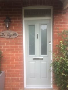 The Ludlow in Painswick with top box and etched glass. Etched Glass, Glass Etching, Front Doors, Garage Doors, Windows, Box, Outdoor Decor, Green, Beautiful