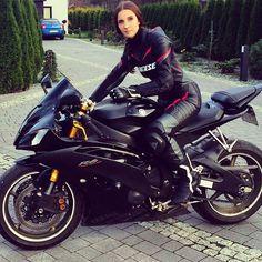 Wcw @gabsia7 Biker girl..R6 #r6#yamahar6#bikerchick#yamaha #motorcycle #motorcycles #bike #TagsForLikes #ride #rideout #bike #biker #bikergang #helmet #cycle #bikelife #streetbike #cc #instabike...