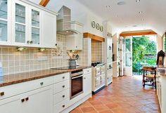 white country kitchen #aga