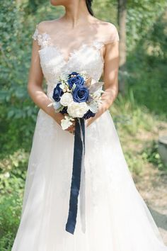 The best dusty blue artificial flowers for DIY wedding bouquets and arrangements. Shop dusty blue flowers for your wedding decoration at lingsmoment. Diy Wedding Bouquet, Bridesmaid Bouquet, Wedding Flowers, Bridal Bouquets, Wedding Dresses, Blue And Blush Wedding, Blue Bouquet, Wedding Chairs, Wedding Decorations