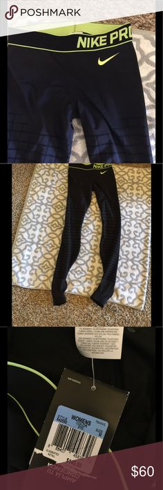 NWT Nike Leggings Tights M Competition base layer these go on feet at the bottoms compression size M Nike Pants Leggings