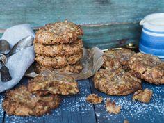 Melkesjokolademoussekake med ganache - Ida Gran Jansen Cookie Jars, Food And Drink, Cookies, Chocolate, Desserts, Ideas, Navidad, Tailgate Desserts, Biscuits