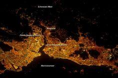 Schöner Ausblick aus dem All: Istanbul bei Nacht