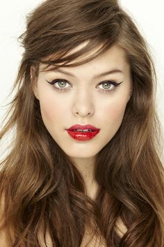 LE FASHION BLOG BEAUTY CRUSH TWO TONE LIPS CAT EYELINER CAT EYES NASTY GAL LESSONS FROM THE PROS STACEY NISHIMOTO MAKE UP ARTIST SIDE SWEPT ...
