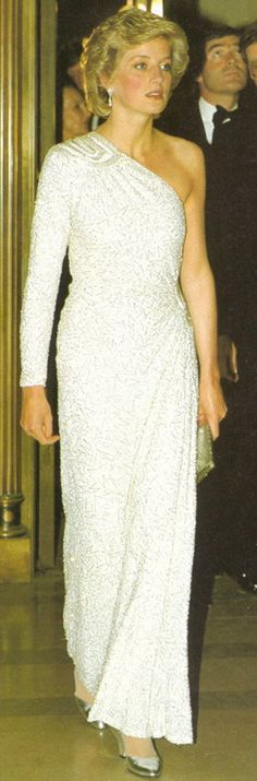 Explore the Waxbitch®' Diana Princess of Wales gown