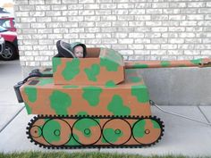 Soldier in Tank Costume | Costume Pop