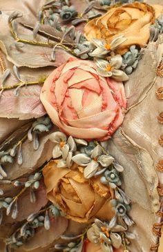 Ribbonwork Silk Ribbon Embroidery, Beaded Embroidery, Hand Embroidery, Ribbon Art, Ribbon Crafts, Passementerie, Handmade Flowers, Flower Making, Collage