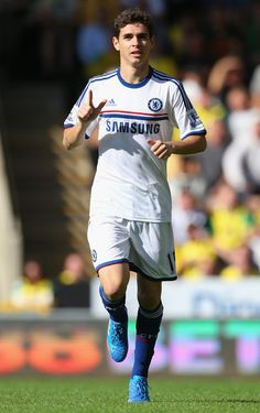 Oscar celebrating his goal against Norwich City (6/10/13)