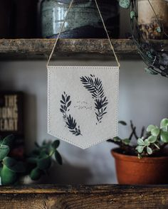 No rain no flowers. Saturday joy - delicate wall adornment from the awesome talented and kind @katiehousleystationery Happy weekend to you! #botanicalpickmeup
