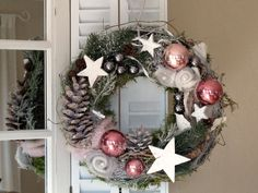 Door wreath * snow-covered felt roses * Christmas wreath by KRANZundCo. on DaWanda.c … - Xmas