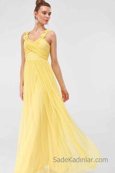 2019 Uzun Abiye Modelleri Sarı Uzun Çiçek Aplikli Askılı Kalp Yaka
