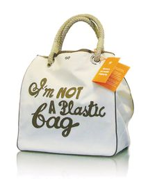 Anya Hindmarch - 'I'm not a plastic bag'----This would be cute as a shopping bag if it was big enough Love And Lust, My Love, Shop Till You Drop, My Bags, Tote Bags, Girly Things, Nice Things, Anya Hindmarch, Duchess Of Cambridge