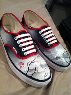 Custom Painted Vans Authentics With Laces (Mens) from ArtworkByCPiper on Etsy. Saved to Vans Off The Walls 💕💁👣. Custom Vans Shoes, Custom Painted Shoes, Painted Vans, Hand Painted Shoes, Nike Outfits, Adidas Outfit, School Outfits, Tenis Vans, Transporter