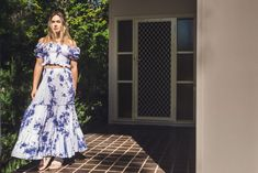 Checkout our latest collection including the Mia Crop Top paired here with our Idaho Maxi Skirt in tie dye blue and white. Modern Bohemian, Bohemian Style, Maxi Skirt Crop Top, Tie Dye Crop Top, Australian Fashion, Fashion Labels, Idaho, Boho Dress, Vintage Inspired
