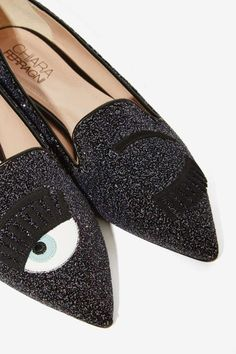 Winky Face Glitter Pointed Flat