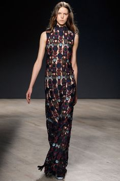 Vertical stripes create long lines --. a linear pattern visually lengthens the silhouette.