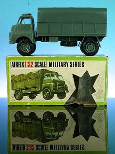 AIRFIX BEDFORD R.L. ARMY TRUCK 1:32 SCALE MILITARY SERIES VINTAGE 1969 with BOX Britains Toys, Bedford Truck, Airfix Models, Airfix Kits, 1970s Toys, Hobby Toys, Matchbox Cars, Ww2 Aircraft, Toy Soldiers