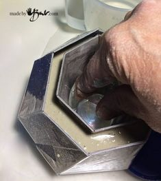 Make this Concrete Geometric Polyhedron using the super simple free pattern that is cut from vinyl tile and poured with rapidset concrete. Cement Design, Cement Art, Beton Design, Concrete Crafts, Concrete Projects, Concrete Cement, Concrete Furniture, Polished Concrete, Cement Planters