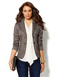 How to wear a Short Fitted Blazer; this site also has advice on ...