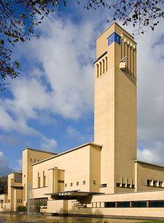 News — Nynke Koster Bauhaus, Amsterdam School, Art Deco Home, Brick Building, Architecture Old, Brickwork, Built Environment, Cities, Netherlands