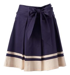 I love skirts, there's no doubt about that. The bow is very me - um...Bank of Neville (my Dad) - where is that money tin again?!