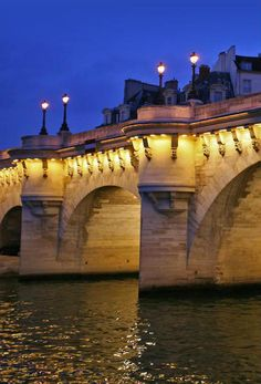 France Facts: did you know that... France is the most visited country in the world: 83 million tourists in 2012?