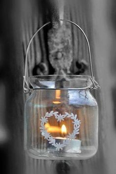Ana Rosa - Love the etching! Candle Lanterns, Candle Sconces, Jar Candles, Scented Candles, Chandelier Bougie, Deco Table Noel, Candle In The Wind, Twinkle Twinkle, Color Splash