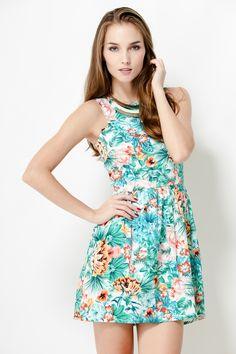 1711788c8e 141 Best Fashion   Sea   Tropical print images