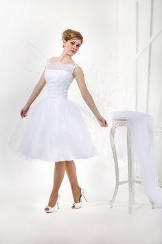 Liza | Vintage Inspired thee lengte trouwjurk met kant Corset, illusie hals en Tulle rok | Elegante Sweetheart witte trouwjurk