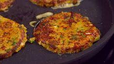 Porkkanalaatikkopihvit | Pääruoat | Reseptit – K-Ruoka Grill Pan, Salmon Burgers, Quiche, Mashed Potatoes, Grilling, Breakfast, Ethnic Recipes, Youtube, Food