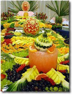 Eu sou apaixonada por tanto colorido e diversidade de sabores, isso inpira uma linda festa de qualquer tipo