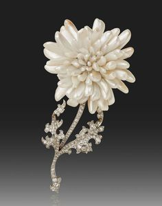 Chrysantemum flower by Tiffany, made in 1904 with native American pearls.