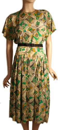 Great print for 40s dress. Muted colors are a must.