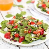 Strawberry Walnut Salad on MyRecipeMagic.com