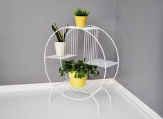 MidCentury Circular Wire Plant Stand by thewhitepepper on Etsy, $94.50