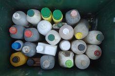 """De très nombreux produits ménagers contiennent une ou plusieurs substances """"indésirables"""", pointe une enquête de 60 Millions de consommateurs."""