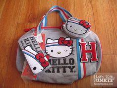 866_sanrio_hello_kitty_gym_duffle_bag_wallet_loungefly_01