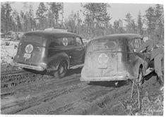 Sairasautot eivät saa säikkyä huonoillakaan teillä. (1942-04-21 SA-kuva) Finland, Avon, Antique Cars, Vintage Cars
