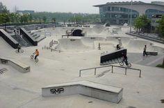 skateparks around the world Urban Ideas, Skate Park, Best Cities, Skateboards, Around The Worlds, Indoor, Exterior, City, Design