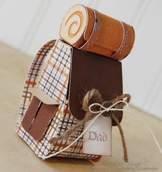 Little backpack to hold a gift card! Uses JustRite stamp, Paper Loft paper, and the Campin' Critters cartridge.