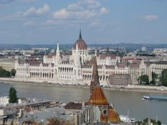 Do you need inspiration on Things to do in Budapest? Here is a list of 101 places to visit, food to try, attractions to see and things to do in Budapest. Danube River Cruise, Prague, Hungary, Budapest, Paris Skyline, Things To Do, Places To Visit, Europe, City