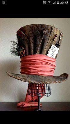 Replica of Tim Burton& Mad Hatter hat by WonderfulWonderWorld. Alice in Wonderland Mad Hatter Top Hat, Mad Hatter Party, Mad Hatter Tea, Mad Hatters, Tim Burton, Steampunk Hat, Steampunk Fashion, Victorian Fashion, Gothic Fashion