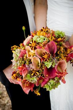 Bridal bouquet for a September Gloriosa at Serenbe wedding