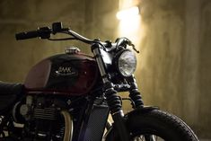 Triumph Bonneville T120 Black - Custom project by BAAK Motocyclettes.
