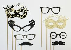 Photo booth accessories! visit our blog to see more fun ideas.   #weddingwednesday  #inspiration