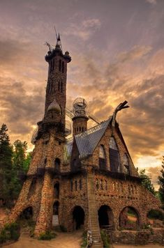 Bishops Castle, Colorado by jannie Pueblo Colorado, Bishops Castle Colorado, Cripple Creek Colorado, Colorado Springs, Bishop Castle, Fantasy Castle, Beautiful Places To Travel, Amazing Places, Perfect World